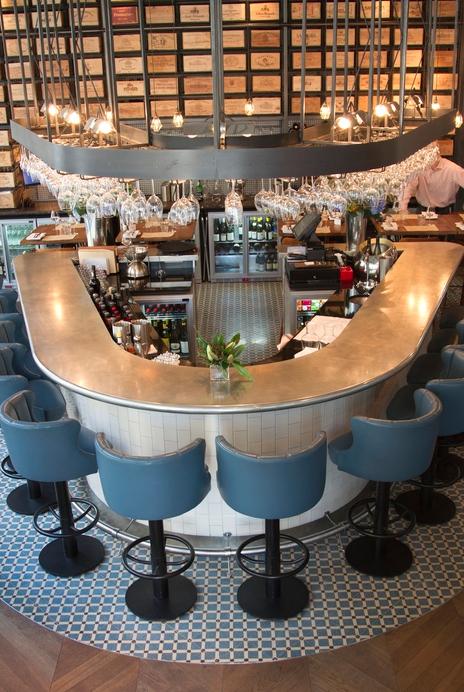 28°- 50° (London), Standalone Restaurant