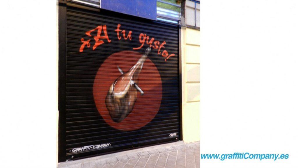 graffiti-cierre-persiana-madrid-decoracion-jamon-tienda-negocio-publicidad-a-tugusto