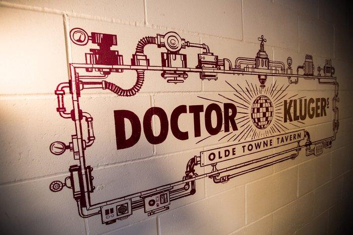 Dr Klugers (London)