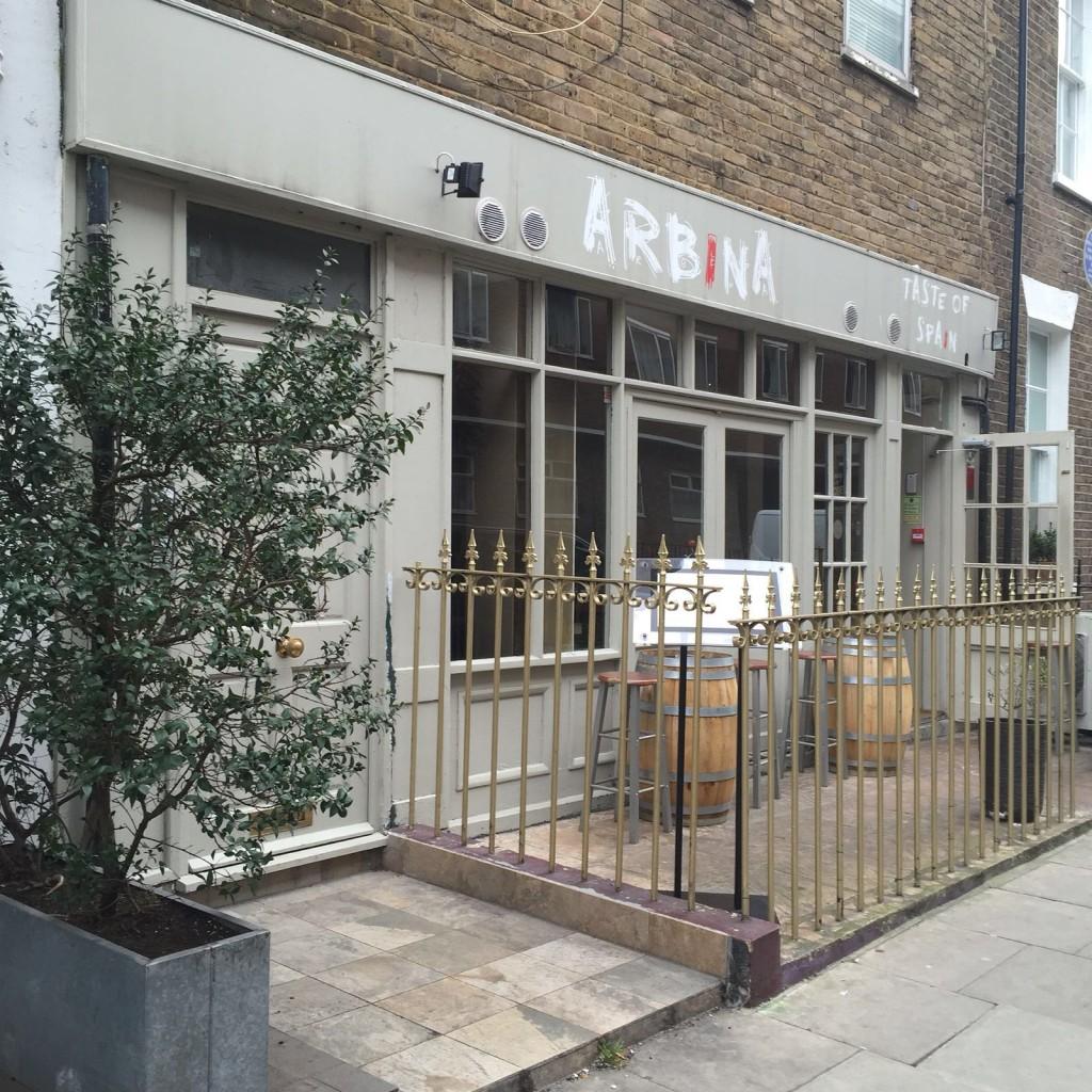 La fachada de Arbina, en Fritzovia (London)