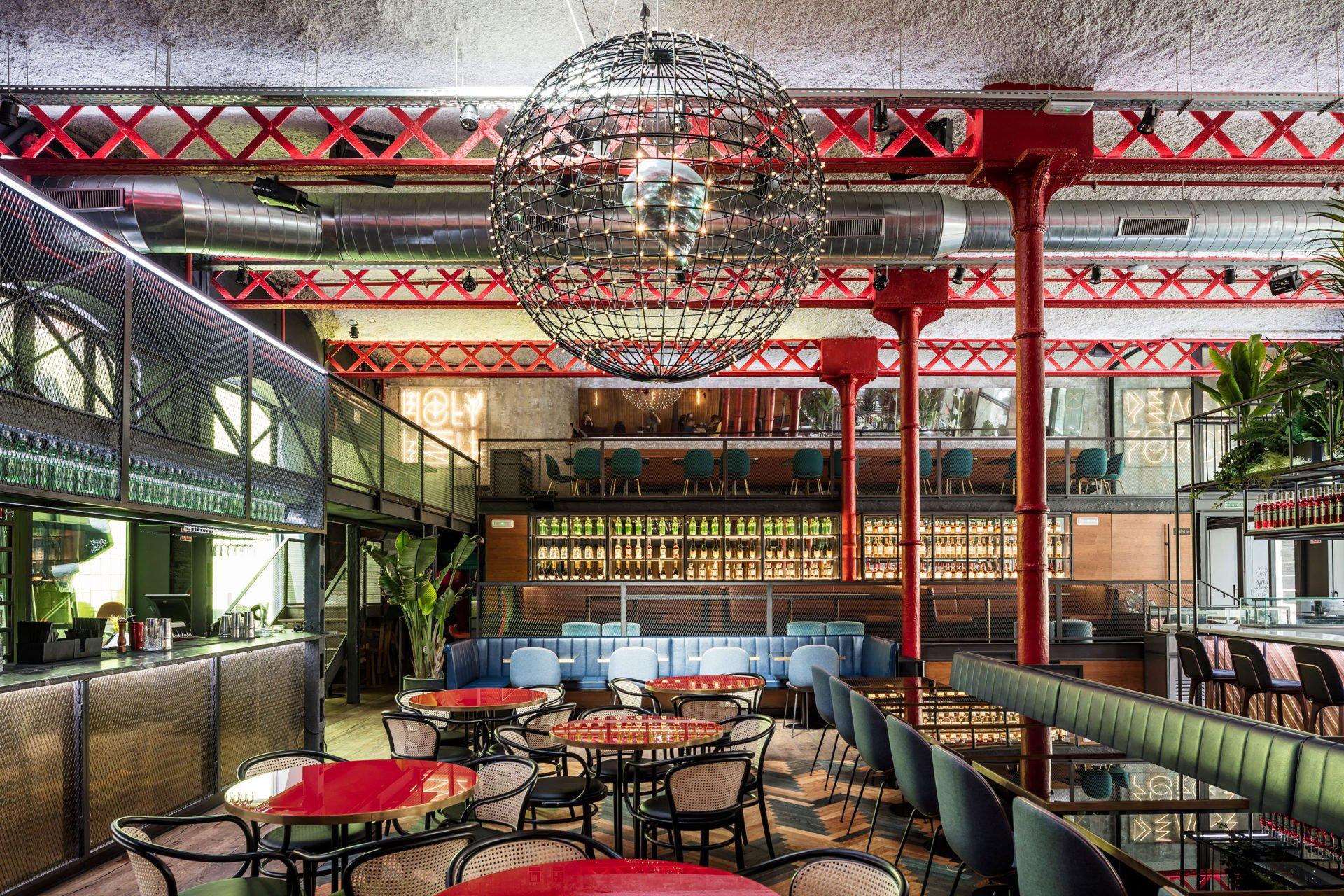 Branding para Restaurantes: Interiorismo Dual como solución ganadora